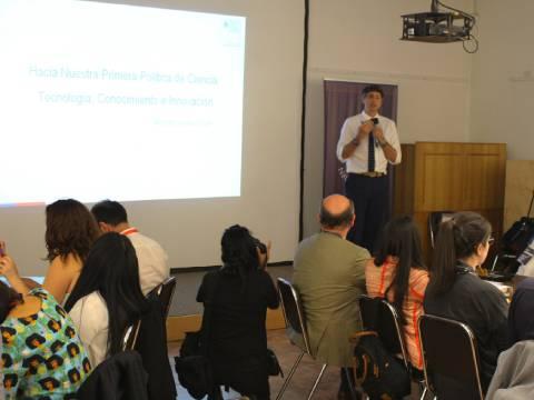 Académicos UdeC participan en mesa para implementación del Ministerio de Ciencia