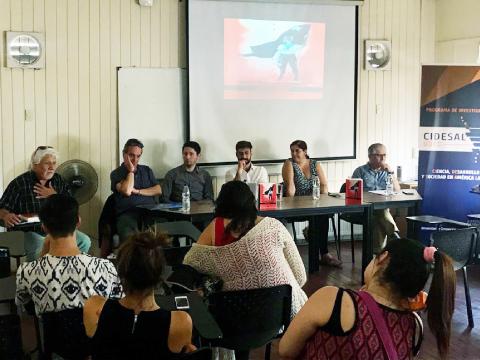 Filósofos presentan en la UdeC libro sobre actual conflicto social en Chile