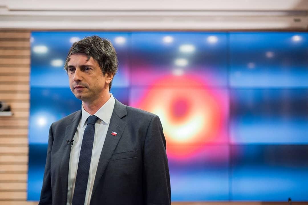 """Ministro de Ciencia, Andrés Couve: """"El apoyo a los astrónomos de la UdeC es motivo de orgullo"""""""