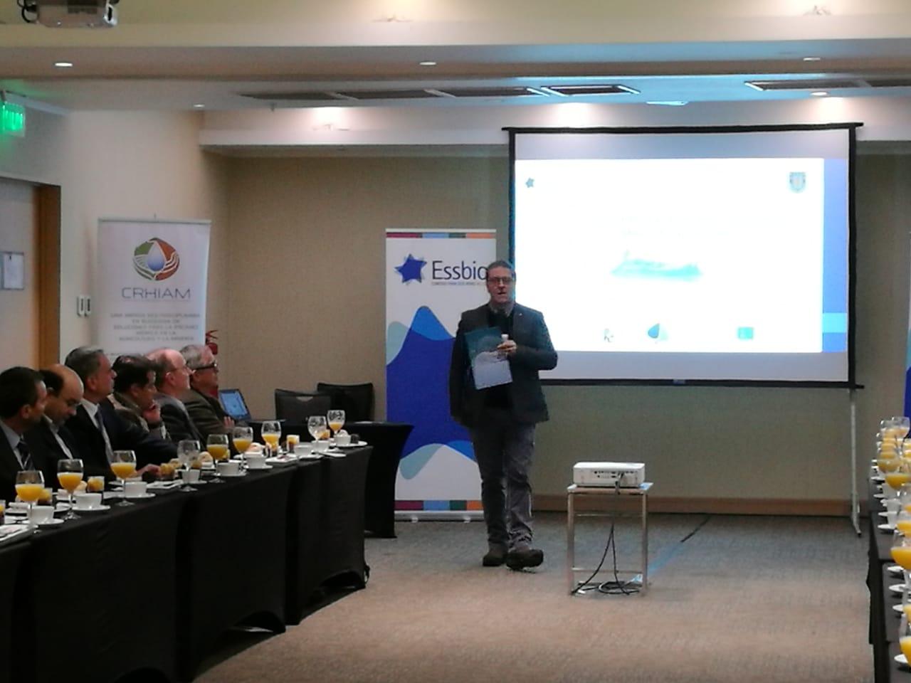 Crhiam organizó mesa de agua y ambiente en Concepción