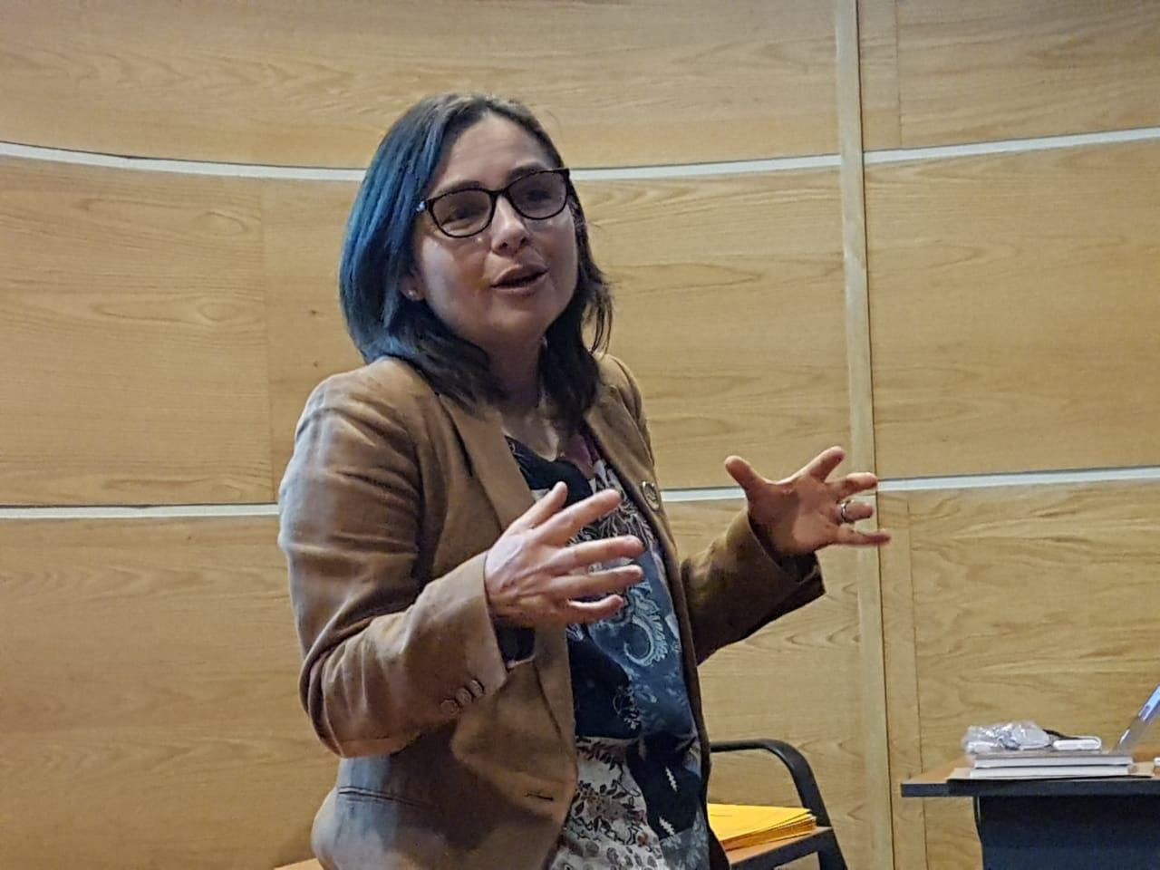 UdeC dicta curso sobre bioética