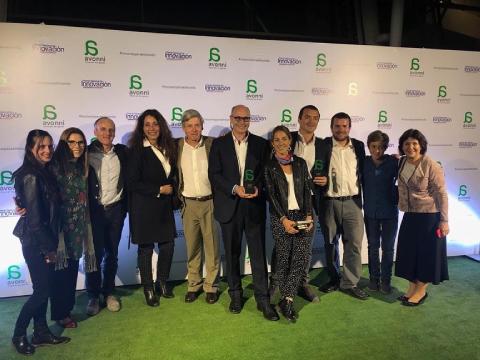 Invitan a emprendimientos regionales a postular a Premios Avonni 2021