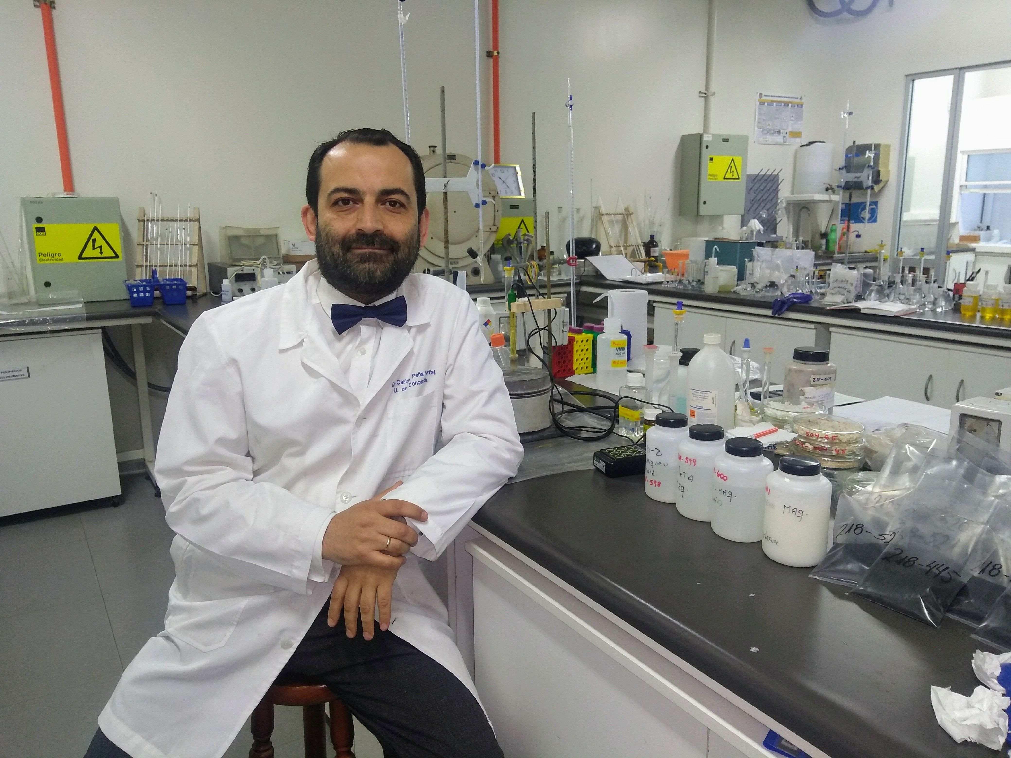 Académicos de Ciencias Químicas se adjudicaron Fondequip por $230 millones
