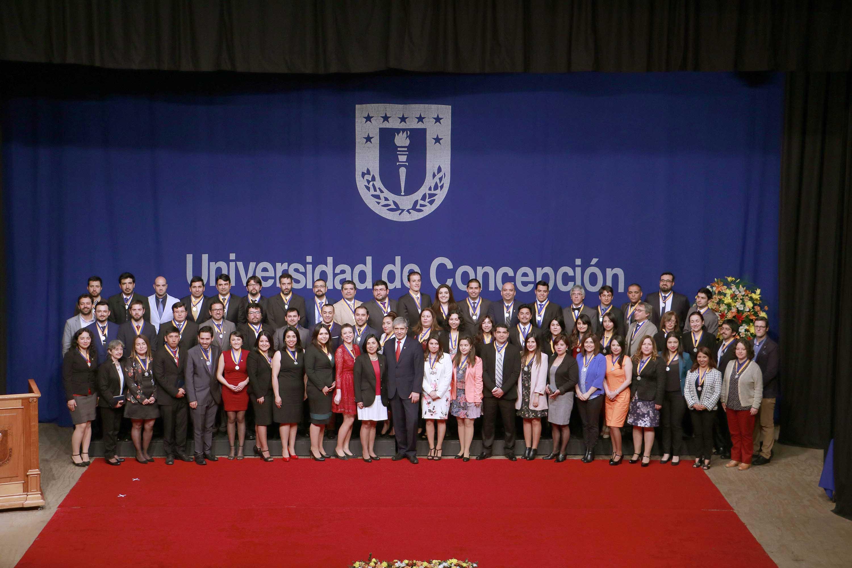 UdeC entregó Medalla Doctoral a 79 nuevos investigadores formados en sus aulas