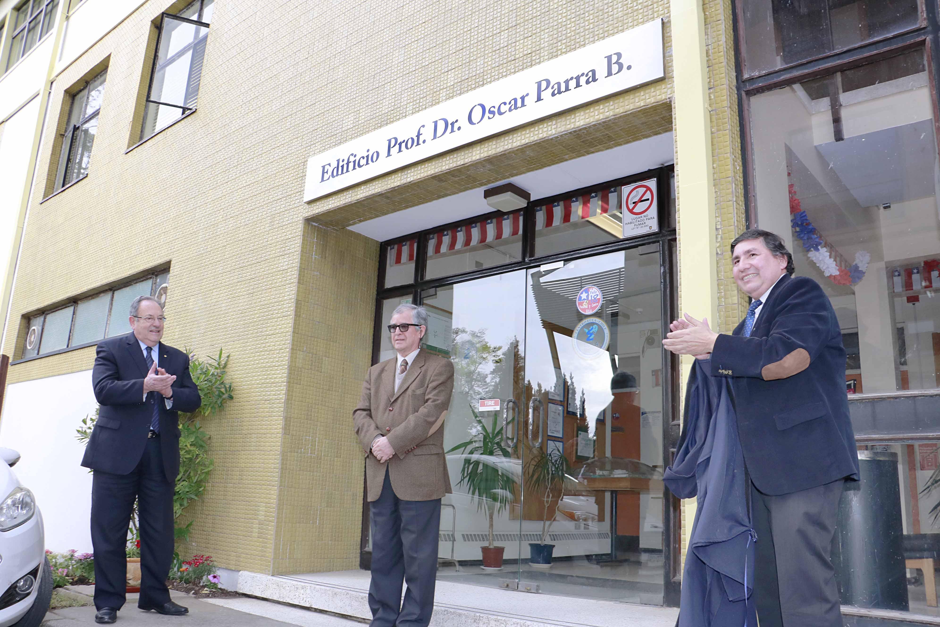 Eula homenajeó a su primer director y rebautizó edificio con su nombre