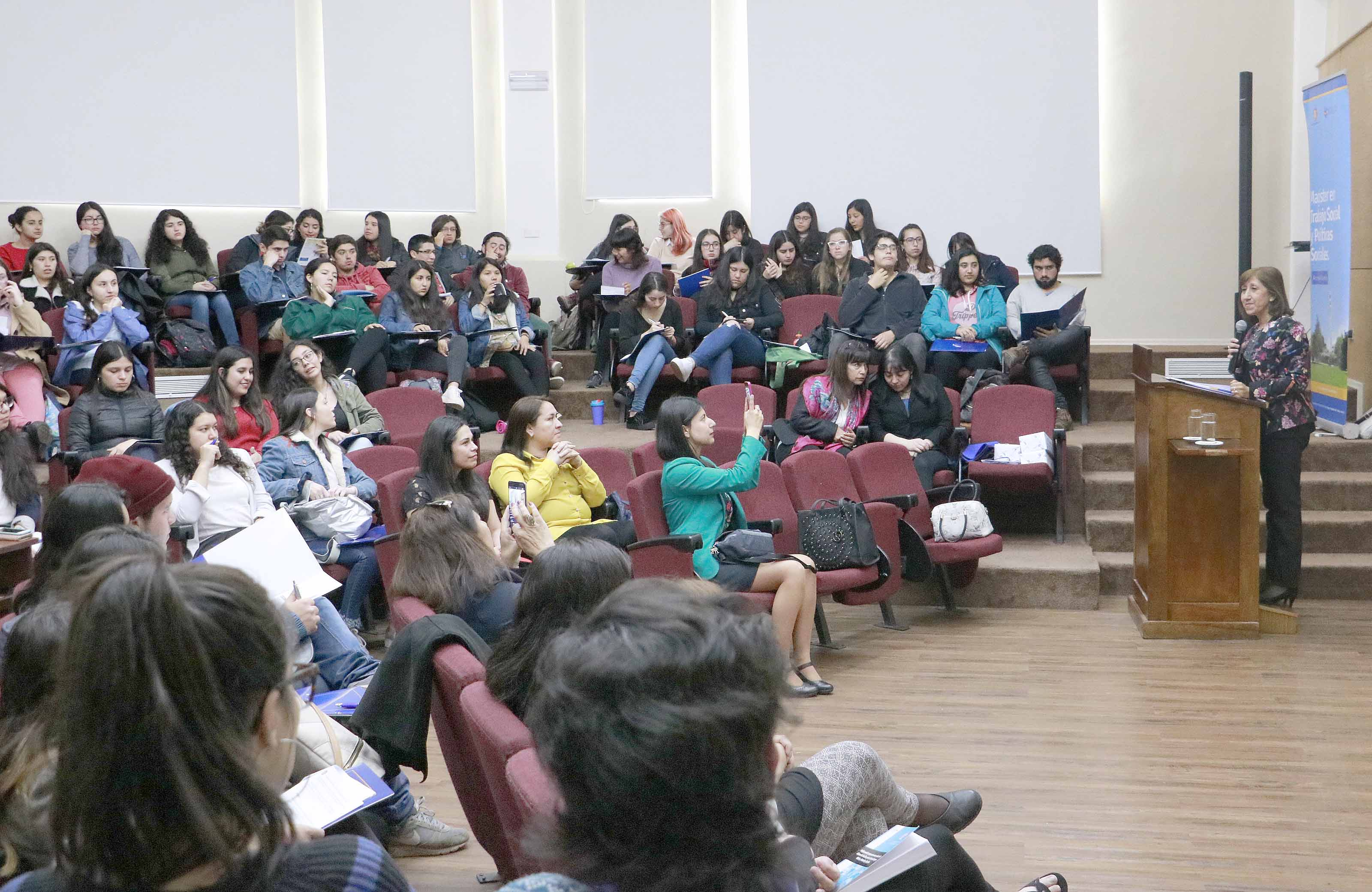 Trabajo Social realizó novena versión de Jornadas de Investigación