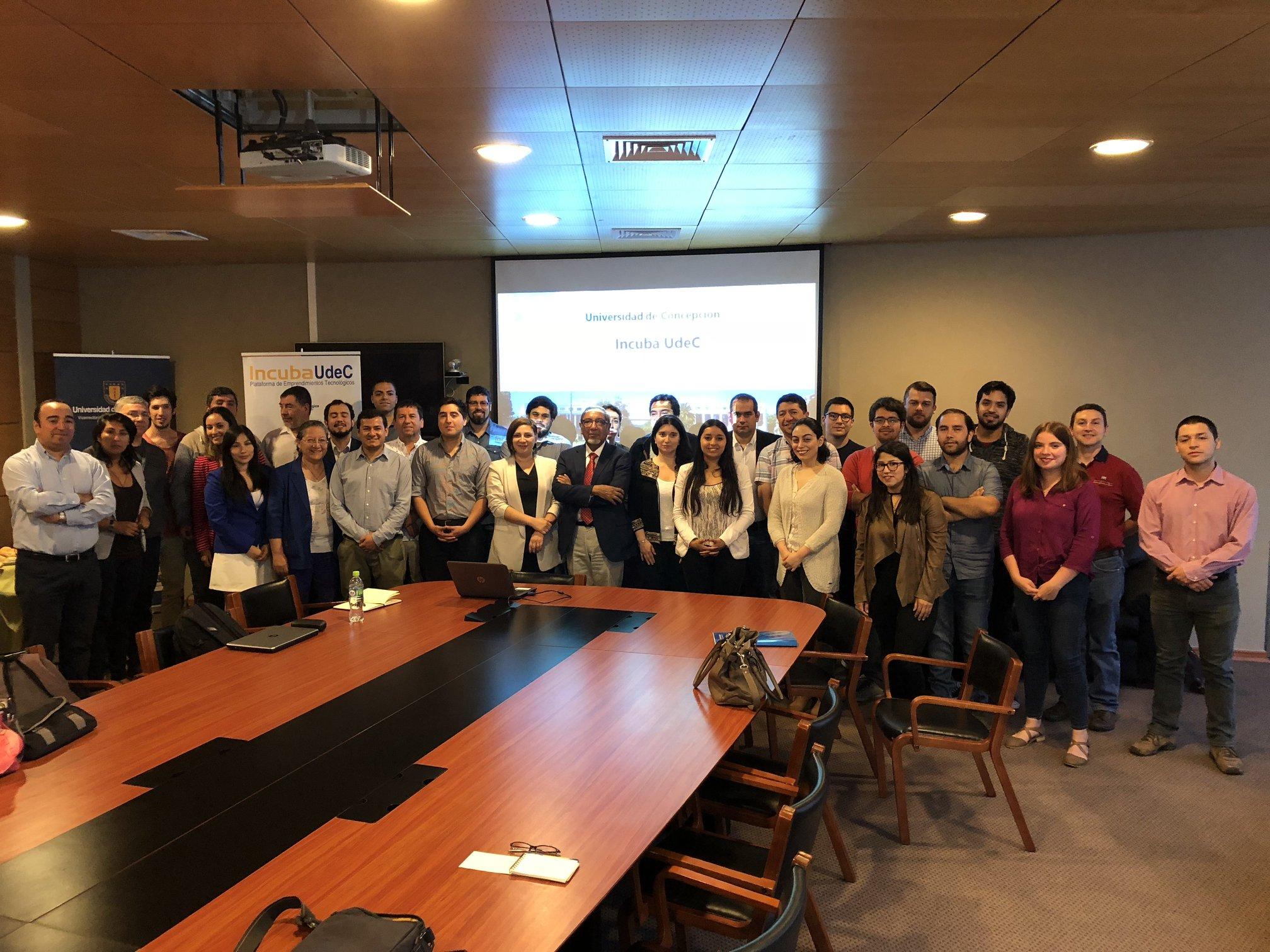 Seminario busca visualizar la internacionalización de empresas y productos