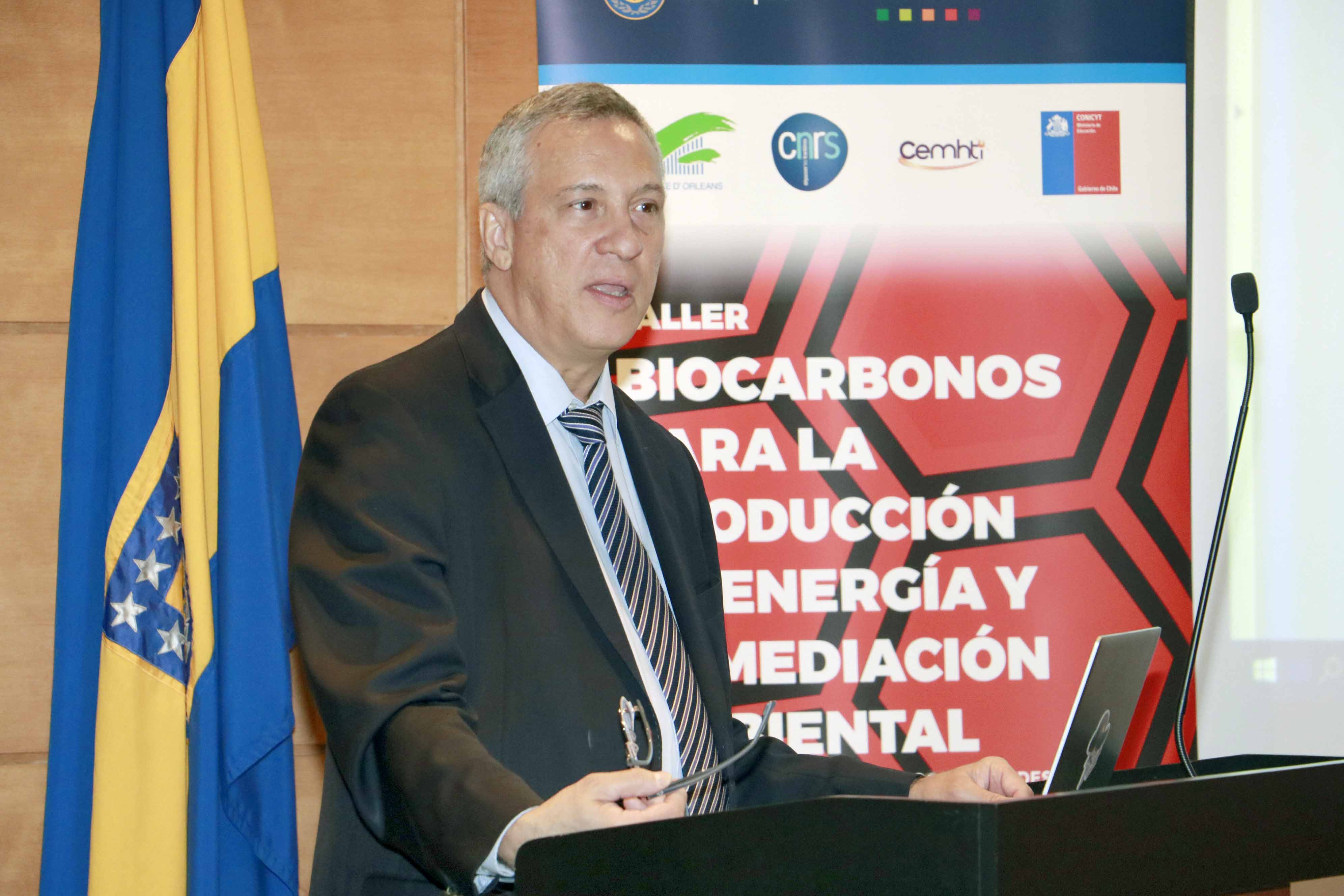 Red franco-chilena expuso avances en desarrollo de materiales en base a biocarbonos mejorados