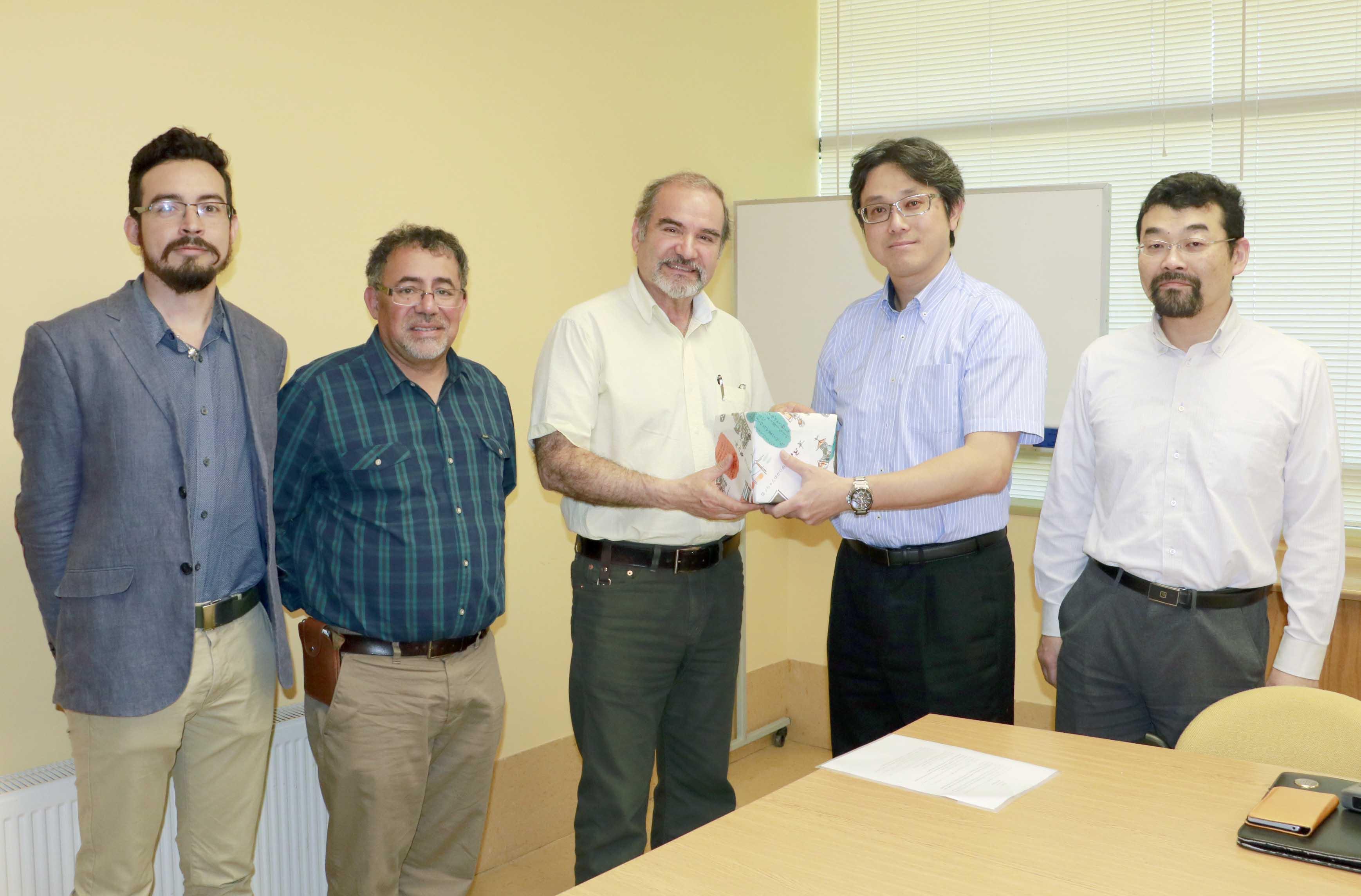 Académicos UdeC sellaron acuerdo de cooperación con investigadores de la Universidad de Toyo, Japón